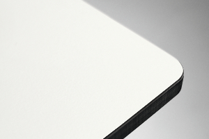 piano HPL bianco bordo nero