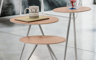 Tris tavolini moderni Aryel zoom